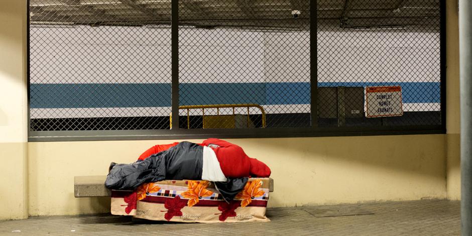 Busquem voluntaris per comptar quantes persones dormen als carrers de Barcelona