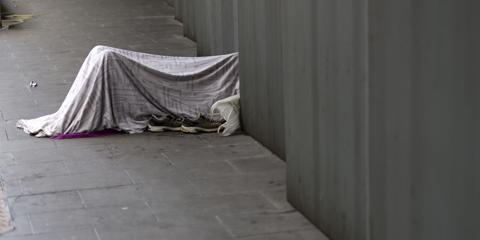 ¿Qué sabemos y no sabemos de las personas sin hogar en Cataluña?